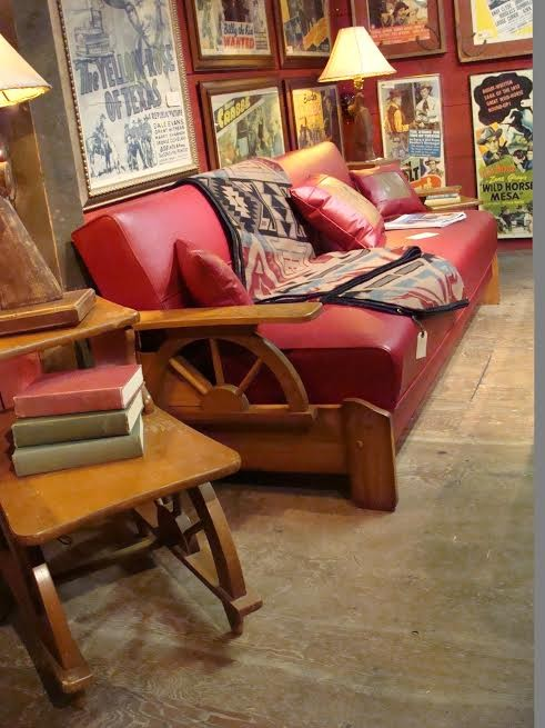 1940's –1950's Wagon Wheel Sofa Bed