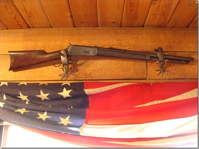 """94 Winchester .32-40 cal. Carbine """"JB"""" on Octagon Barrel / Earliest 94 Winchester Smokeless Black powder year of first production  with 4 digit serial number"""